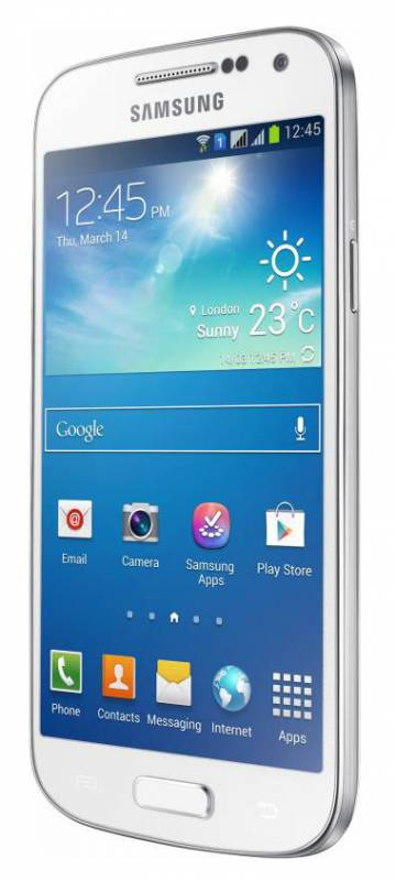 Samsung galaxy v plus eliminates the hassle of switching between photo and video modes by offering the camera and